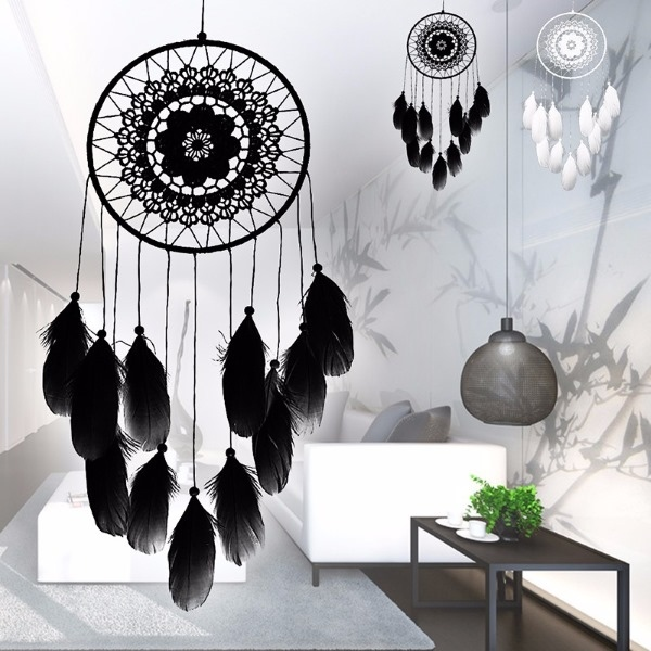 grosser schwarzer traumf nger lena mit stickmuster. Black Bedroom Furniture Sets. Home Design Ideas