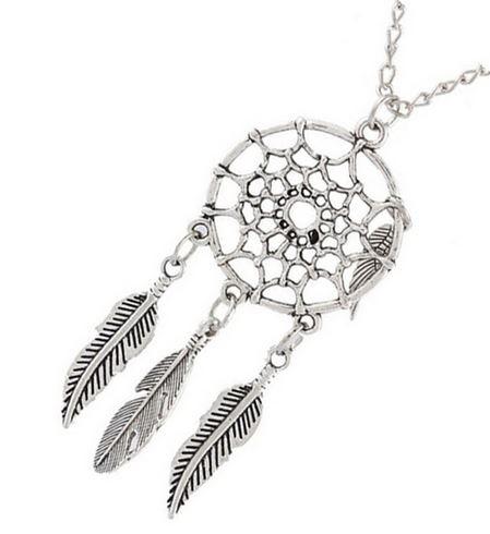 Versilberte Halskette mit Traumfänger Anhänger, Modeschmuck – Schmuck