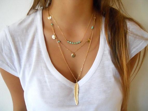 Goldfarbige dreier Halskette Adel mit Feder als Anhänger - Modeschmuck